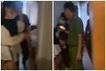 Xôn xao loạt clip vợ bầu 7 tháng đi đánh ghen, cùng công an đến đập cửa phòng chồng và nhân tình