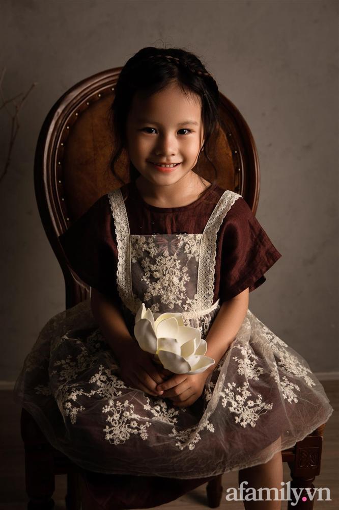 Bé gái Đắk Lắk vừa ra đời bác sĩ đã nói nếu sống được cũng khó nuôi, hình ảnh hiện tại của cô bé xuất hiện trên tạp chí Mỹ khiến ai nấy ngỡ ngàng-9