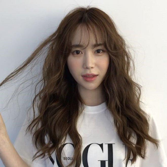 6 kiểu tóc nhìn đơn giản nhưng lại giúp các chị em trẻ xinh ra nhiều phần, ai nhìn cũng mê-15