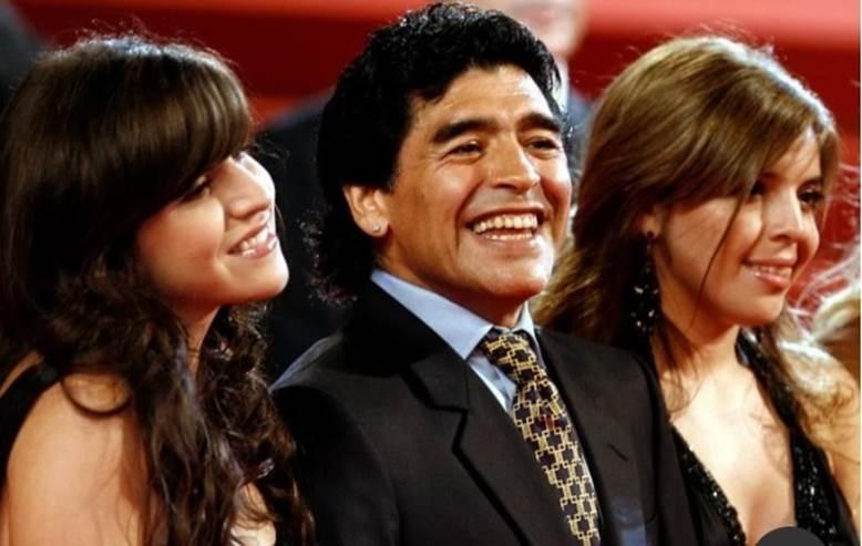 Mong muốn cuối của Maradona khiến người Argentina òa khóc-1