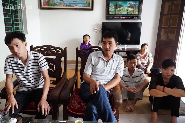 Vụ bé 15 tháng tuổi tử vong sau mũi tiêm ở Hà Nội: Mong muốn lớn nhất của gia đình là sự việc sáng tỏ để cháu được siêu thoát-3