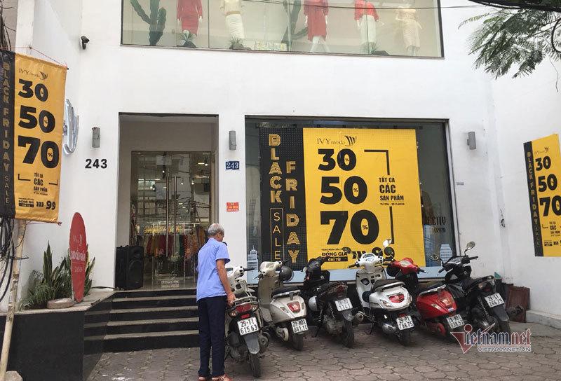 Hà Nội: Hàng trăm người xếp hàng, tranh mua 3 suất giảm giá 70%-6