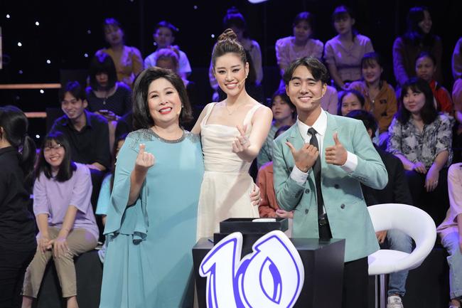Ký ức vui vẻ vừa lên sóng đã bị chê dàn trải, thiếu hụt dàn nghệ sĩ U60, chỉ có mỗi MC Lại Văn Sâm được khen-4
