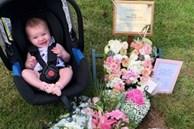 Chưa hết đau đớn vì con chết lưu, bà mẹ còn sốc khi bác sĩ yêu cầu giữ đứa trẻ đã mất trong bụng 10 tuần