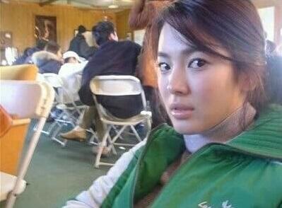 Ảnh hiếm của Song Hye Kyo thời chưa nổi tiếng, gương mặt liệu có xứng danh Quốc bảo nhan sắc Hàn?-2