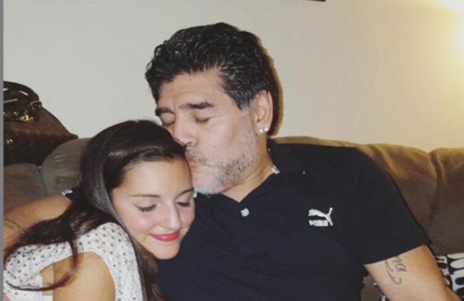 Huyền thoại Diego Maradona ra đi để lại 11 người con, kết quả của cuộc đời hào hoa và cuộc chiến tranh quyền thừa kế chưa có hồi kết-5