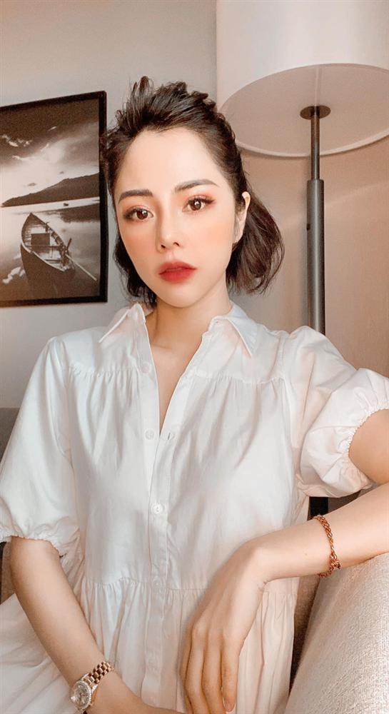 Hoá ra Huỳnh Anh đã liên tục nhá hàng ảnh của bạn gái MC VTV lộ liễu từ lâu mà ai cũng tưởng... bị hack-5