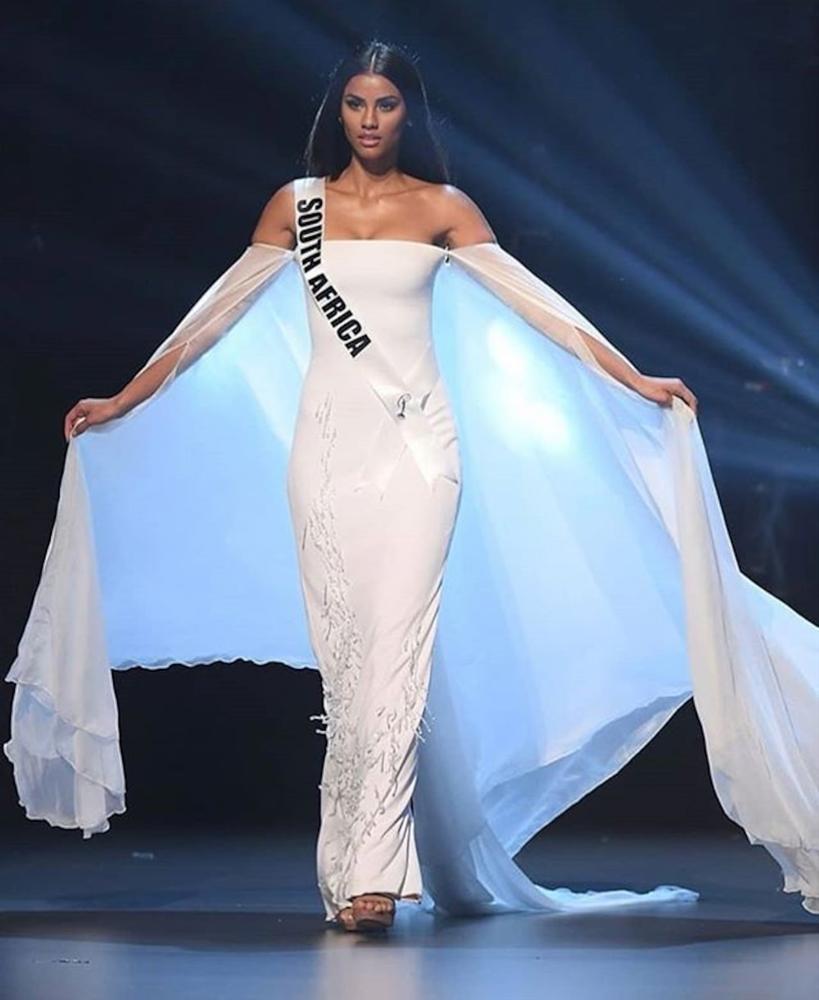 Thêm một pha nghi án váy nhái tại cuộc thi Hoa hậu: Bộ đầm mà Ngân Anh, Hương Giang từng mặc cũng bị đào mộ ngay lập tức-2