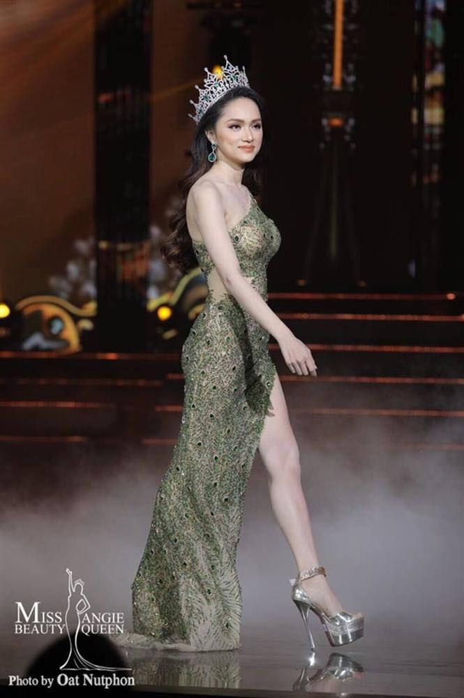 Thêm một pha nghi án váy nhái tại cuộc thi Hoa hậu: Bộ đầm mà Ngân Anh, Hương Giang từng mặc cũng bị đào mộ ngay lập tức-7