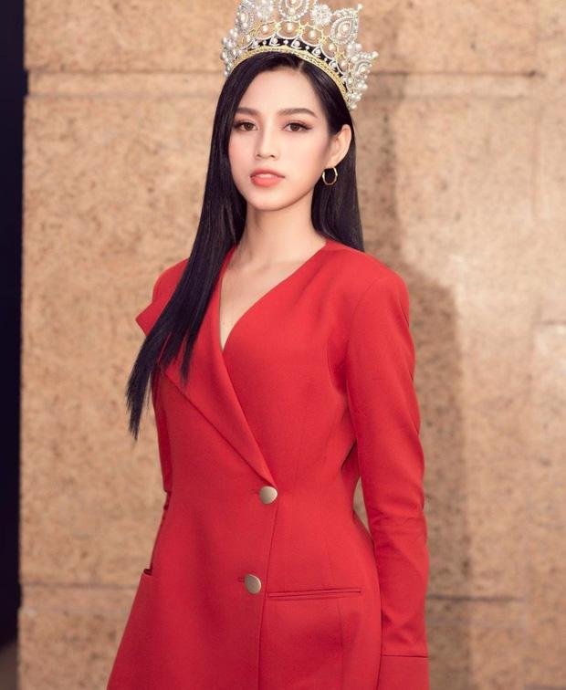 Dụi mắt vài lần mới nhận ra tân Hoa hậu Việt Nam Đỗ Thị Hà bên Duy Khánh, gương mặt hốc hác đáng lo-4