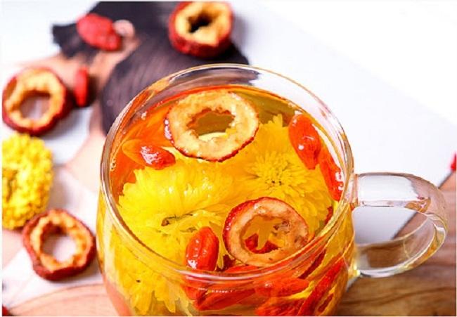 Bông hoa bé bằng cúc áo dùng làm thuốc, pha trà có giá bán tới 800.000 đồng/kg-8