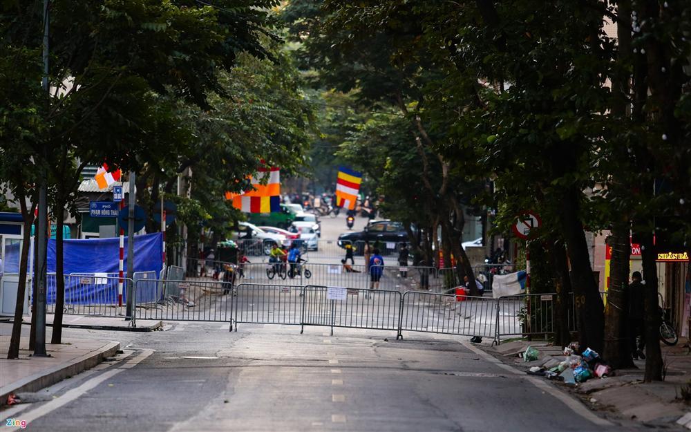 Hiện trường tìm thấy quả bom nặng 340 kg tại Hà Nội-5