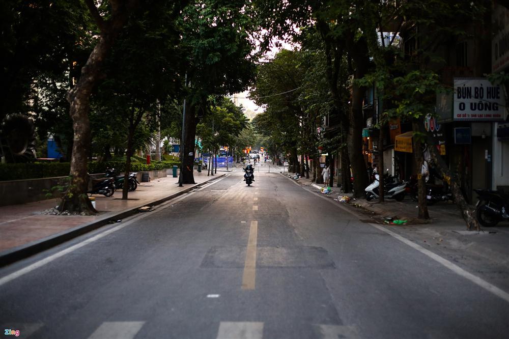 Hiện trường tìm thấy quả bom nặng 340 kg tại Hà Nội-7