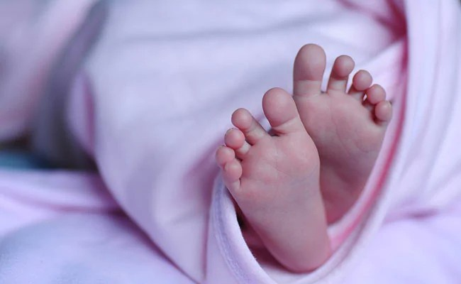 Em bé chào đời đã có kháng thể chống Covid-19-1