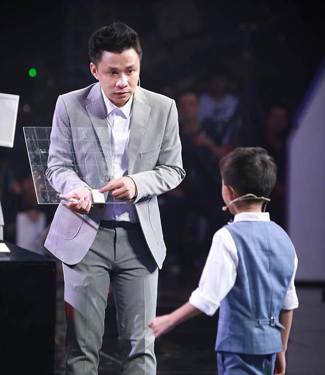 Giám khảo/cố vấn Siêu Trí Tuệ Việt, người giữ 4 kỷ lục thế giới về trí nhớ khoe học bạ gây sốc-1