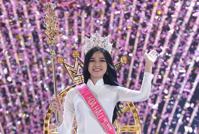 Mới hơn 1 tuần sau khi đăng quang Hoa hậu Việt Nam 2020, gương mặt Đỗ Thị Hà đã xuống sắc không ít-2
