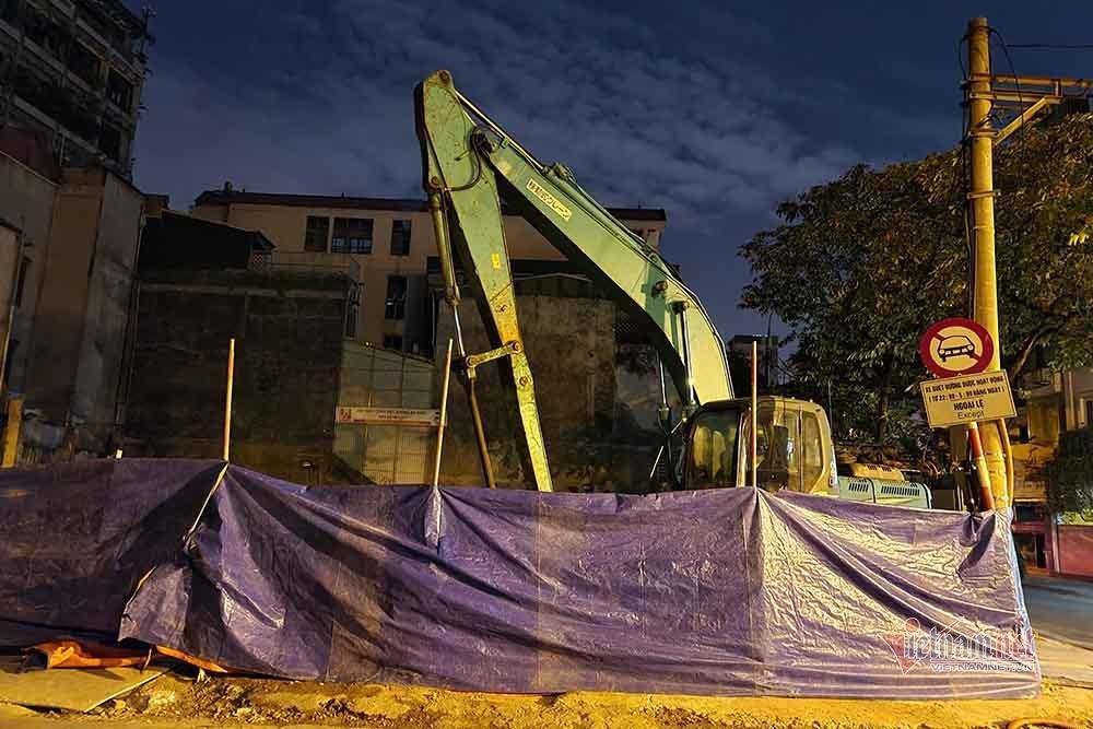 Quả bom 340kg được di dời trong đêm, người dân Trúc Bạch đã về nhà-3