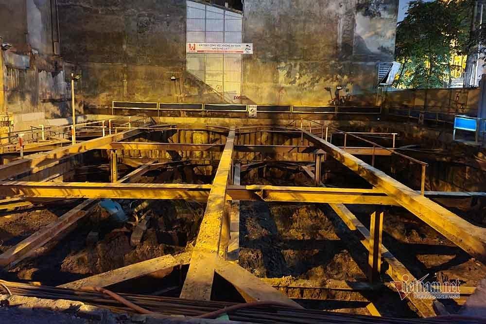 Quả bom 340kg được di dời trong đêm, người dân Trúc Bạch đã về nhà-2