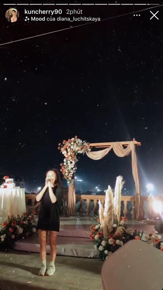Đám cưới MC Thu Hoài sẽ có dàn khách mời cực khủng: Từ diễn viên, nhạc sĩ gạo cội đến MC và hội bạn thân toàn hot girl!-12