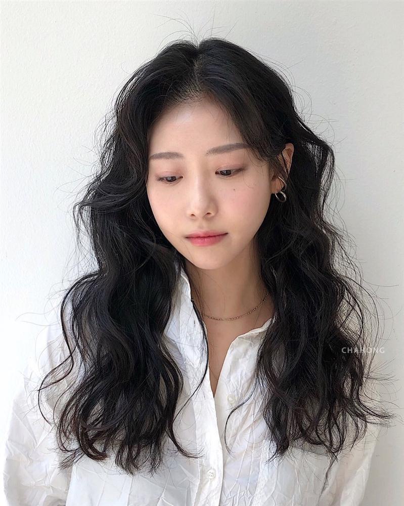 Thử nghiệm kiểu tóc xoăn hot năm nay, 3 cô nàng đơ người vì thà để lại tóc cũ còn đẹp hơn!-2
