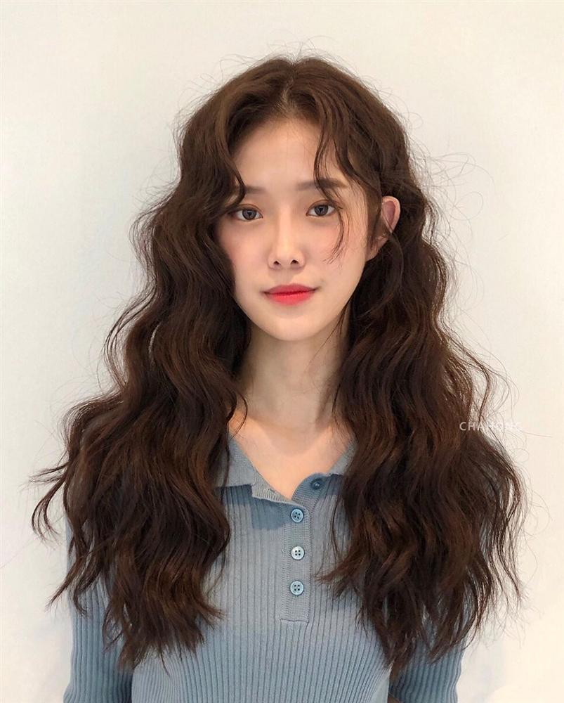 Thử nghiệm kiểu tóc xoăn hot năm nay, 3 cô nàng đơ người vì thà để lại tóc cũ còn đẹp hơn!-7