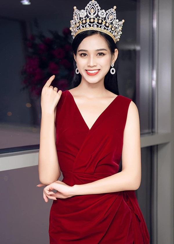 Sau sự cố bị dìm hàng, Hoa hậu Đỗ Thị Hà công khai clip hậu trường lột xác: Make up Tây sắc như dao, thần thái ngút ngàn!-4
