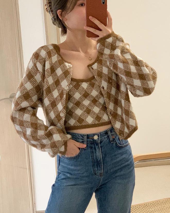 Trend áo len năm nay có 6 kiểu must-have, nàng nào cũng nên sắm để nâng điểm phong cách cho xịn sò-5