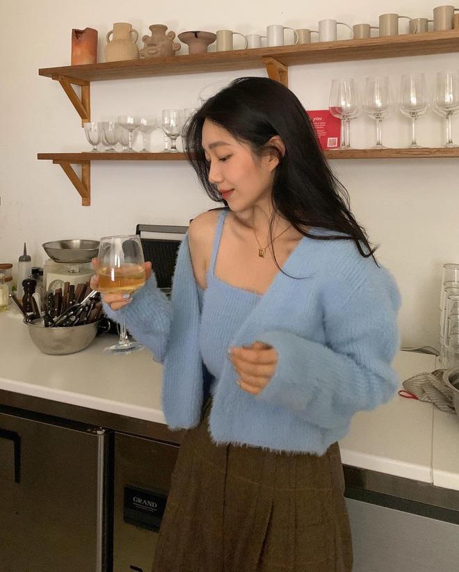 Trend áo len năm nay có 6 kiểu must-have, nàng nào cũng nên sắm để nâng điểm phong cách cho xịn sò-6