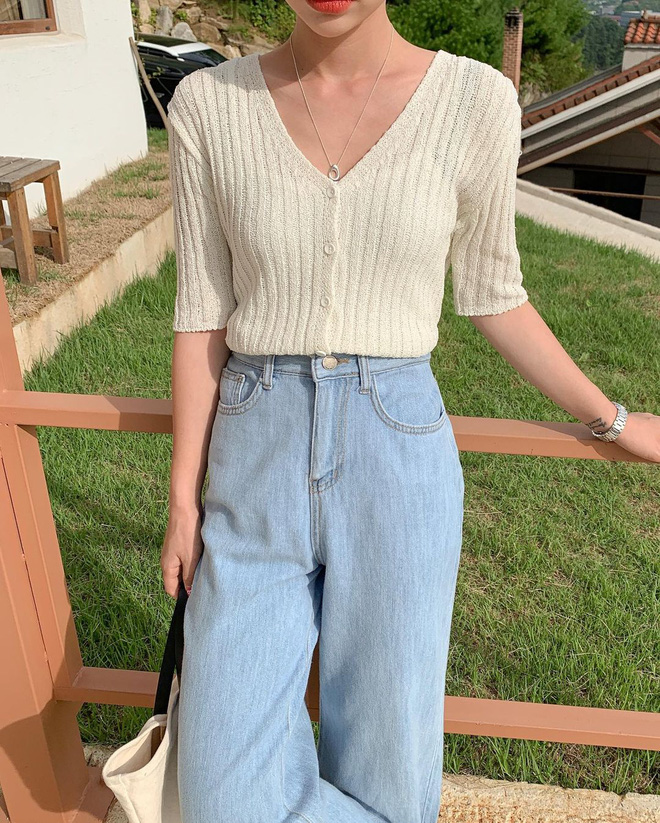 Trend áo len năm nay có 6 kiểu must-have, nàng nào cũng nên sắm để nâng điểm phong cách cho xịn sò-15