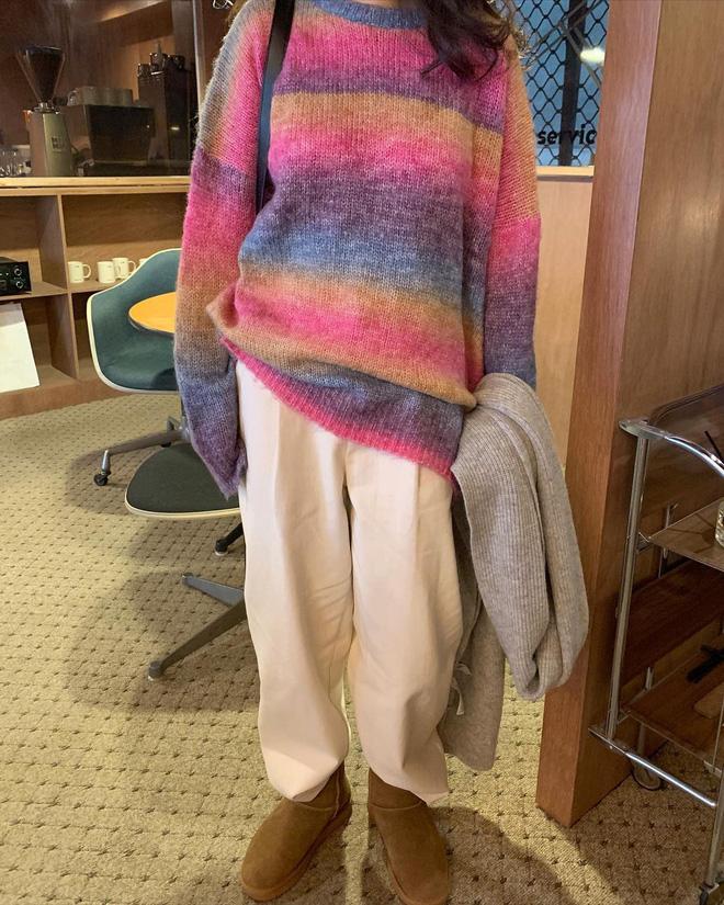 Trend áo len năm nay có 6 kiểu must-have, nàng nào cũng nên sắm để nâng điểm phong cách cho xịn sò-17