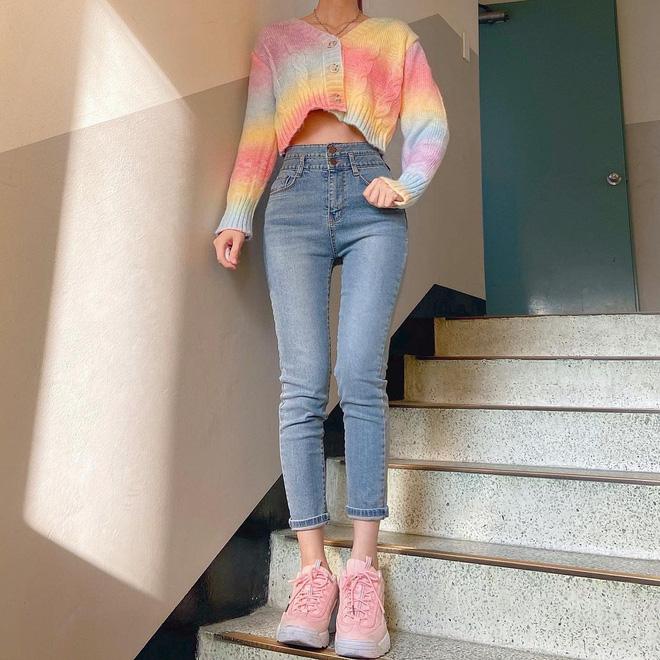 Trend áo len năm nay có 6 kiểu must-have, nàng nào cũng nên sắm để nâng điểm phong cách cho xịn sò-18