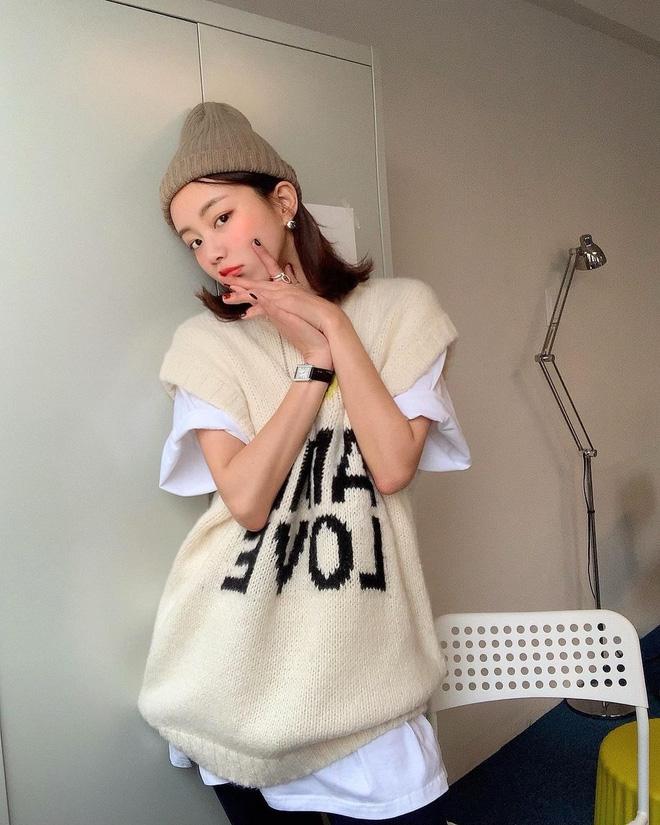 Trend áo len năm nay có 6 kiểu must-have, nàng nào cũng nên sắm để nâng điểm phong cách cho xịn sò-21