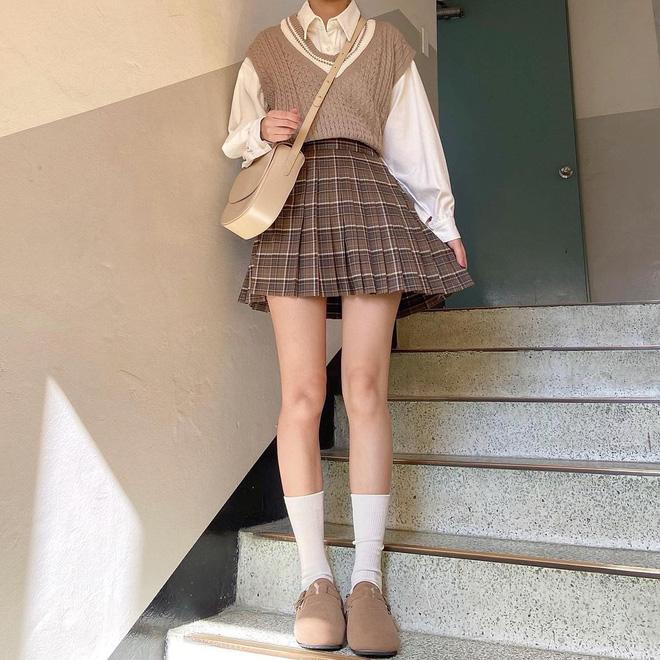 Trend áo len năm nay có 6 kiểu must-have, nàng nào cũng nên sắm để nâng điểm phong cách cho xịn sò-22