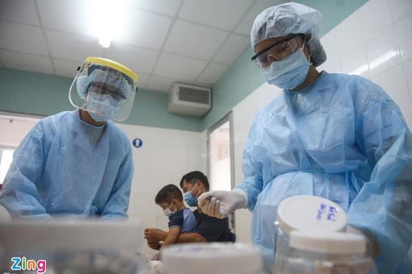 Thêm 2 người ở TP.HCM mắc Covid-19, lây nhiễm từ bệnh nhân 1347-1