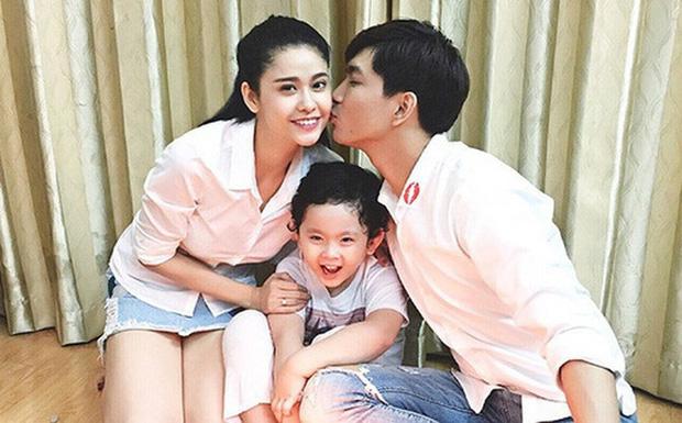 Như chưa hề có cuộc chia ly: Trương Quỳnh Anh vui vẻ hội ngộ Tim, khung ảnh 3 người cùng đón Giáng sinh gây xúc động-4