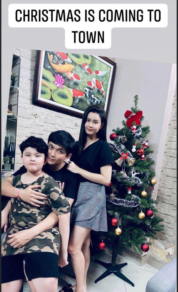 Như chưa hề có cuộc chia ly: Trương Quỳnh Anh vui vẻ hội ngộ Tim, khung ảnh 3 người cùng đón Giáng sinh gây xúc động-1