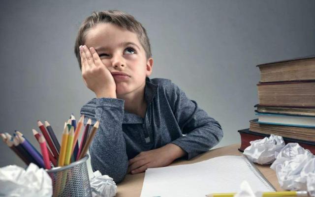 Cha mẹ thường phàn nàn con cái thiếu tập trung trong học tập nhưng lại không biết rằng nguyên nhân chính là ở mình-1