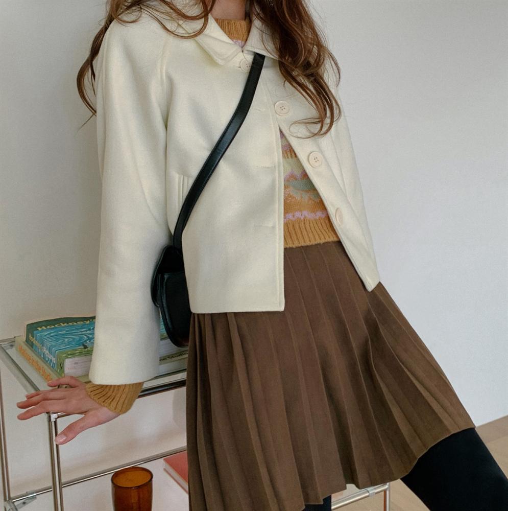 4 phiên bản trẻ trung nhất của áo khoác dạ, chị em nên sắm ngay vì một mùa Đông không già nua chán đời-10