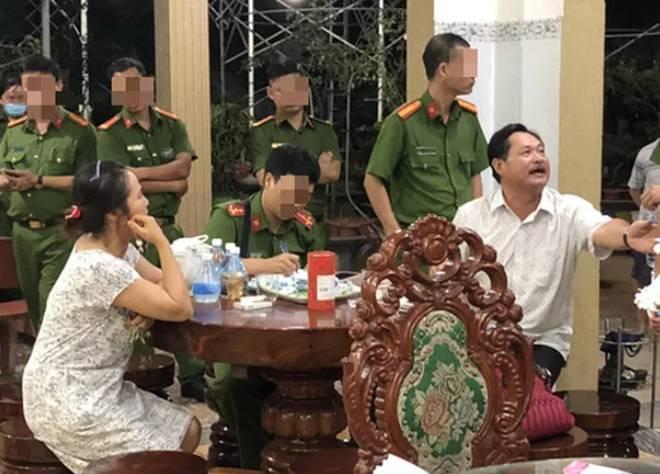 Cận cảnh biệt thự dát vàng của đại gia Thiện Soi vừa bị bắt để điều tra hành vi rửa tiền-2