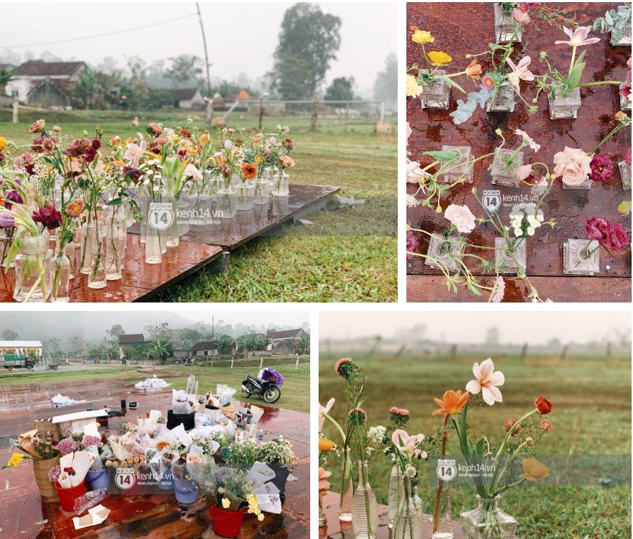 Hé lộ không gian cưới rộng 500m2 của Công Phượng tại Nghệ An: Chú rể đội mũ cối đi kiểm tra, rạp được trang trí lãng mạn giữa sân bóng-8