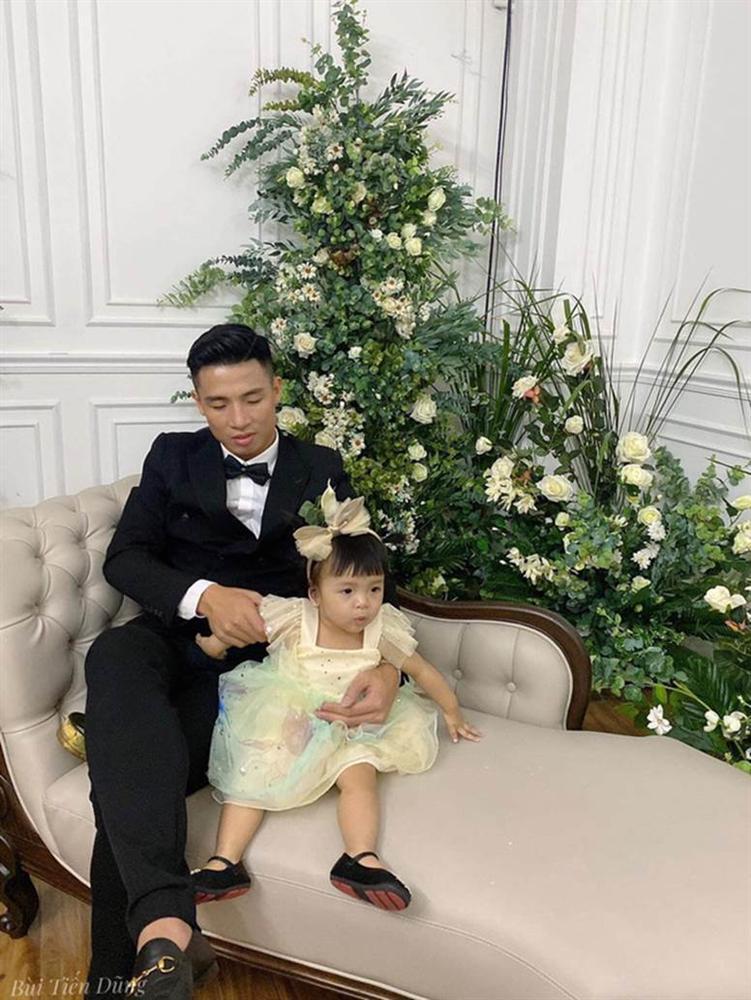 Hậu trường chụp ảnh cưới Tiến Dũng - Khánh Linh: Biểu cảm của con gái mới chiếm spotlight-3