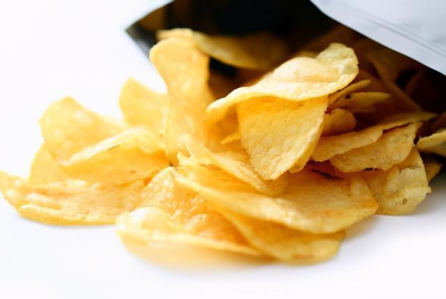 Đừng nhét một đống túi nilon vào bếp, dùng cách này vừa sạch sẽ, gọn gàng lại tiết kiệm được khoản tiền mỗi năm-8