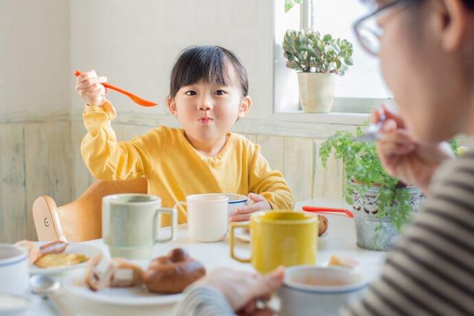 Những món ăn sáng cực hại cho trẻ nhưng nhiều gia đình vẫn vô tư làm hàng ngày-1