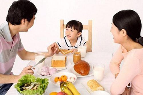 Những món ăn sáng cực hại cho trẻ nhưng nhiều gia đình vẫn vô tư làm hàng ngày-6