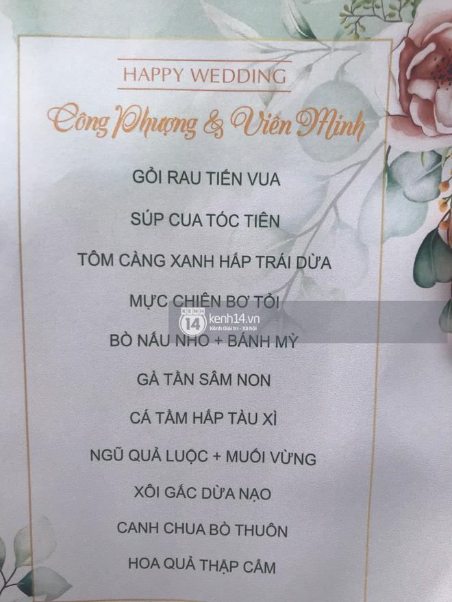 Trực tiếp đám cưới Công Phượng tại Nghệ An: Tân lang tân nương đan chặt tay nhau trên lễ đường, Dế Choắt - Văn Đức rạng rỡ chung khung hình-6