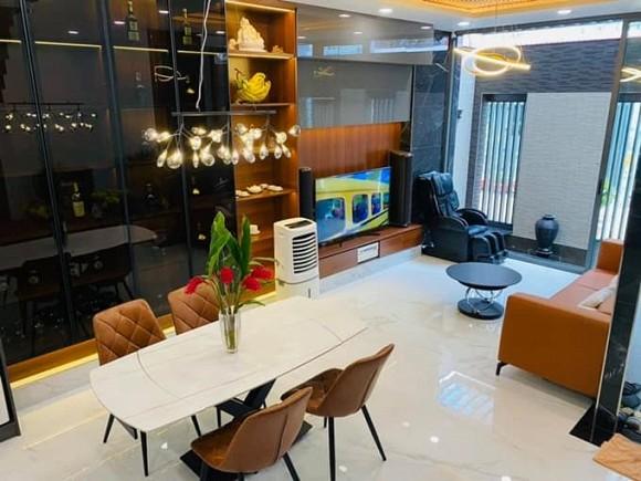 Vợ chồng Hải Băng - Thành Đạt sửa nhà bằng tiền mua một căn hộ cao cấp, nhìn qua đúng là sang-xịn-4