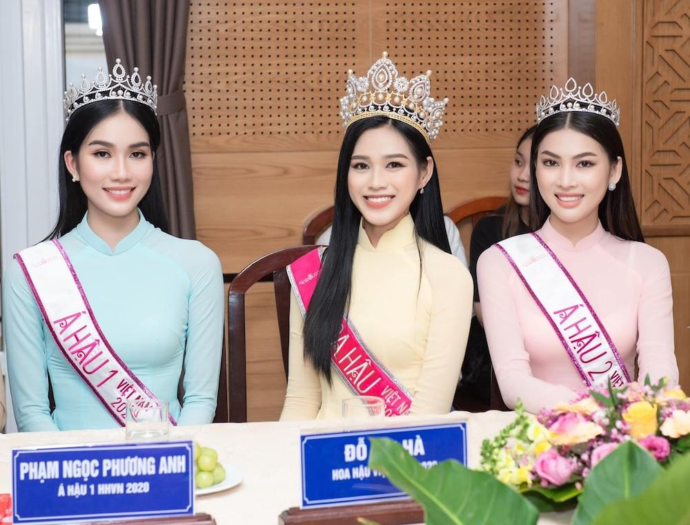 Hoa hậu Đỗ Thị Hà liên tục bị report phải tạm khóa facebook cá nhân-2