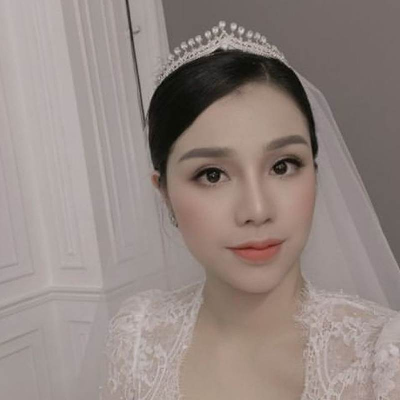 Ảnh cưới Bùi Tiến Dũng: Chú rể đẹp trai ngời ngời, cô dâu photoshop đến biến dạng-5
