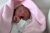 Mẹ ruột ném con trai 1,5 tháng tuổi xuống đất rồi liên tục giẫm đến chết, tưởng là trầm cảm sau sinh nhưng chân tướng lại gây ớn lạnh
