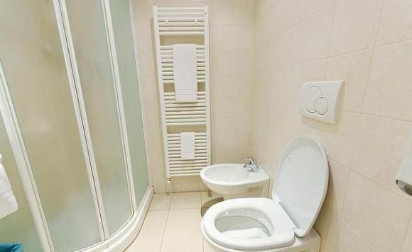 Những phong thủy kiêng kỵ về vị trí phòng tắm-1